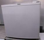 Haierハイアール 直冷式1ドア電気冷蔵庫 JR-N40E 40L